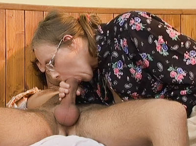 Crazy Old Moms download